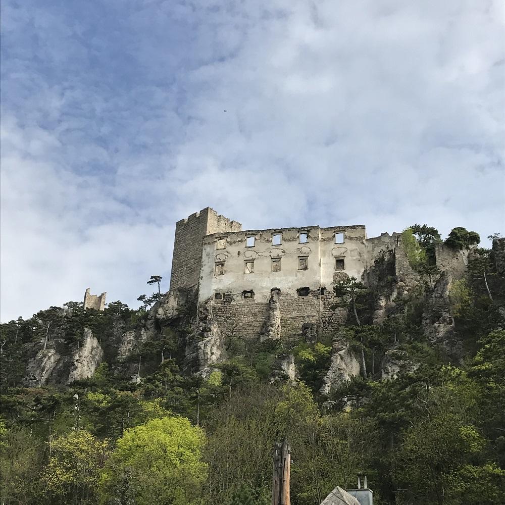 Ruine Rauhenstein in Baden